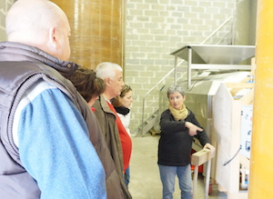 Explaining the vinification Domaine la Cabotte