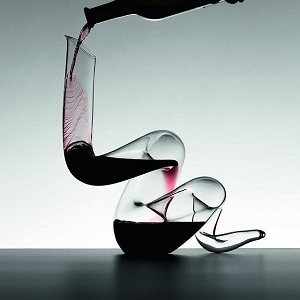 The boa carafe seen on Un Poil dans la Main