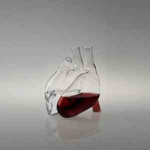 The heart carafe seen on Liviana Osti