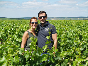 Adopt-a-vine in France in an organic vineyard and make your personalised bottles of wine