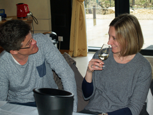 Unique wine tasting and winery tour gift in Chablis
