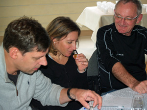 Wine tasting lesson at the winery to develop the senses
