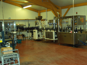 The wine bottling and label machine