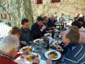 Lunch and wine tasting at the winery with the winemaker in the Rhone Valley