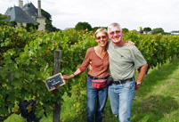 Wedding Anniversary Gift for wine lovers. Rent a vine Bordeaux, Burgundy, Chablis, Loire, Rhone, Alsace, in France.